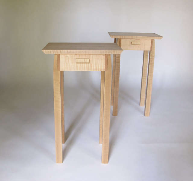 A pair of end tables with drawer storage. Small, narrow end tables for your bedside tables, accent tables or small space decorating. Pictured here in Modern Tiger Maple